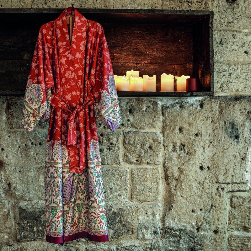 Bademäntel + Kimonos
